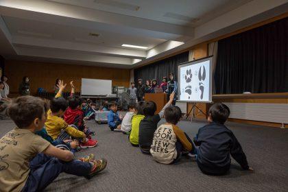 地元の学校で「クマ授業」を開催しました。